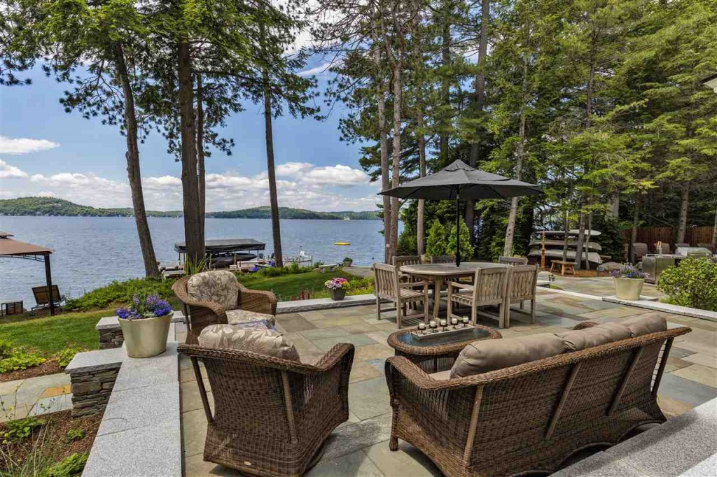 81 Lighthouse View_Patio