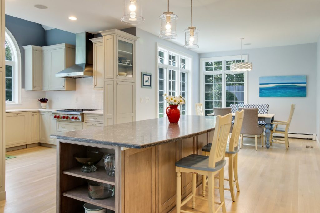 Beautiful kitchens that look as good as they cook Cape Cod kitchen
