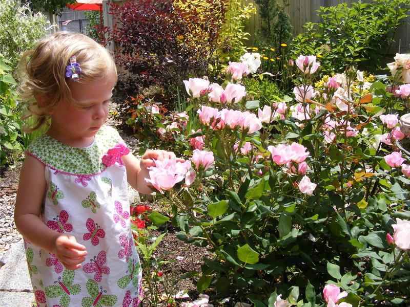 Charlestown Garden Tour Photo, Garden with Toddler