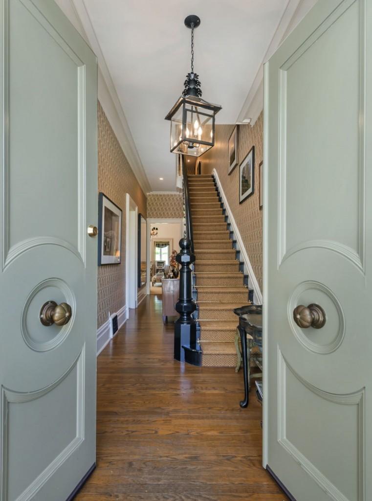 Full-House-Home-1709-Broderick-Street-San-Francisco-Foyer-1200x1615