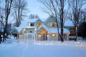 Real Estate News, Real Estate Tips, Winter Housing Tips, Winter Homes, Winter Real Estate Tips
