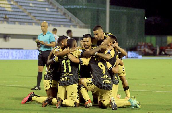 Alianza Petrolera llegó a 17 puntos/ VizzorImage - Jose D. Martinez