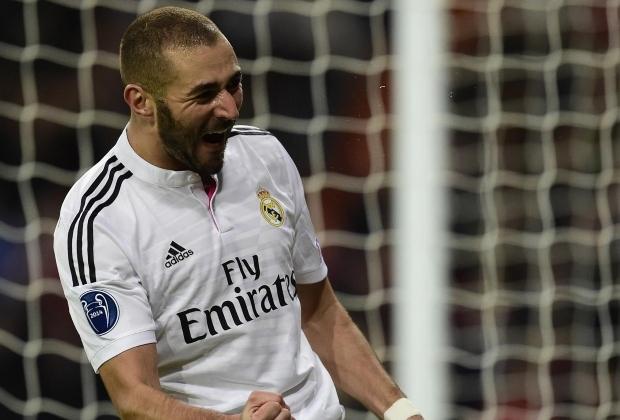 Karim Benzema celebró su gol 250 con la camiseta de Real Madrid