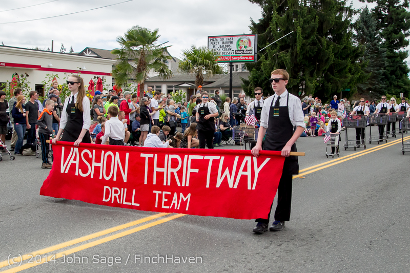 20531_Vashon_Strawberry_Festival_Grand_Parade_2014_071914