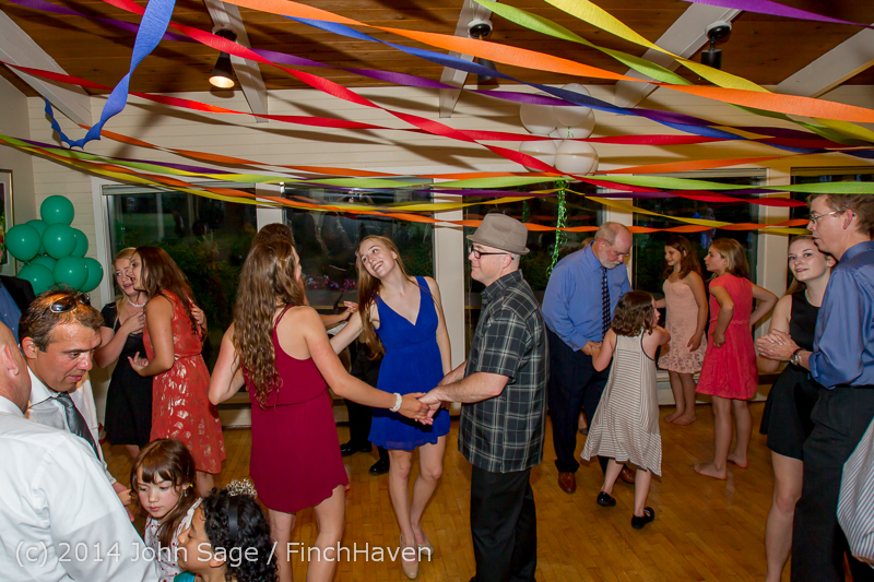 2774-L_Vashon_Father-Daughter_Dance_2014_053114