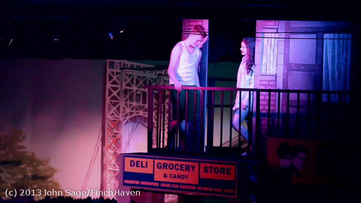 4916_In_the_Heights_VHS_Drama_2013