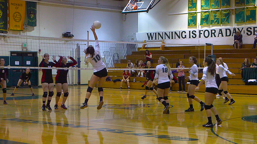 Volleyball_v_Port-Townsend_090916_0003_1000