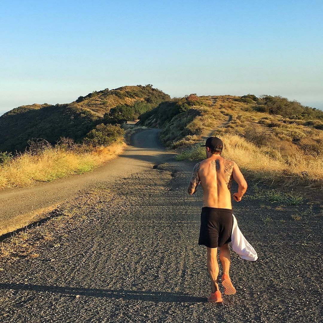 Calvon Corzine aka calvmonster Fridays are for trail running