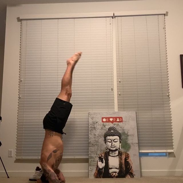 Variant of a Zombie Press headstand. Mix it up and stretch your skillset - Calvin Corzine Yoga