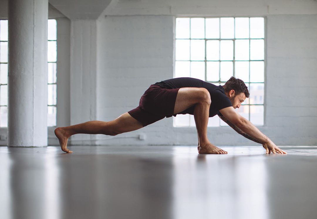 Creepin in on the week all like...check out my Yoga for Runners program - Calvin Corzine Yoga