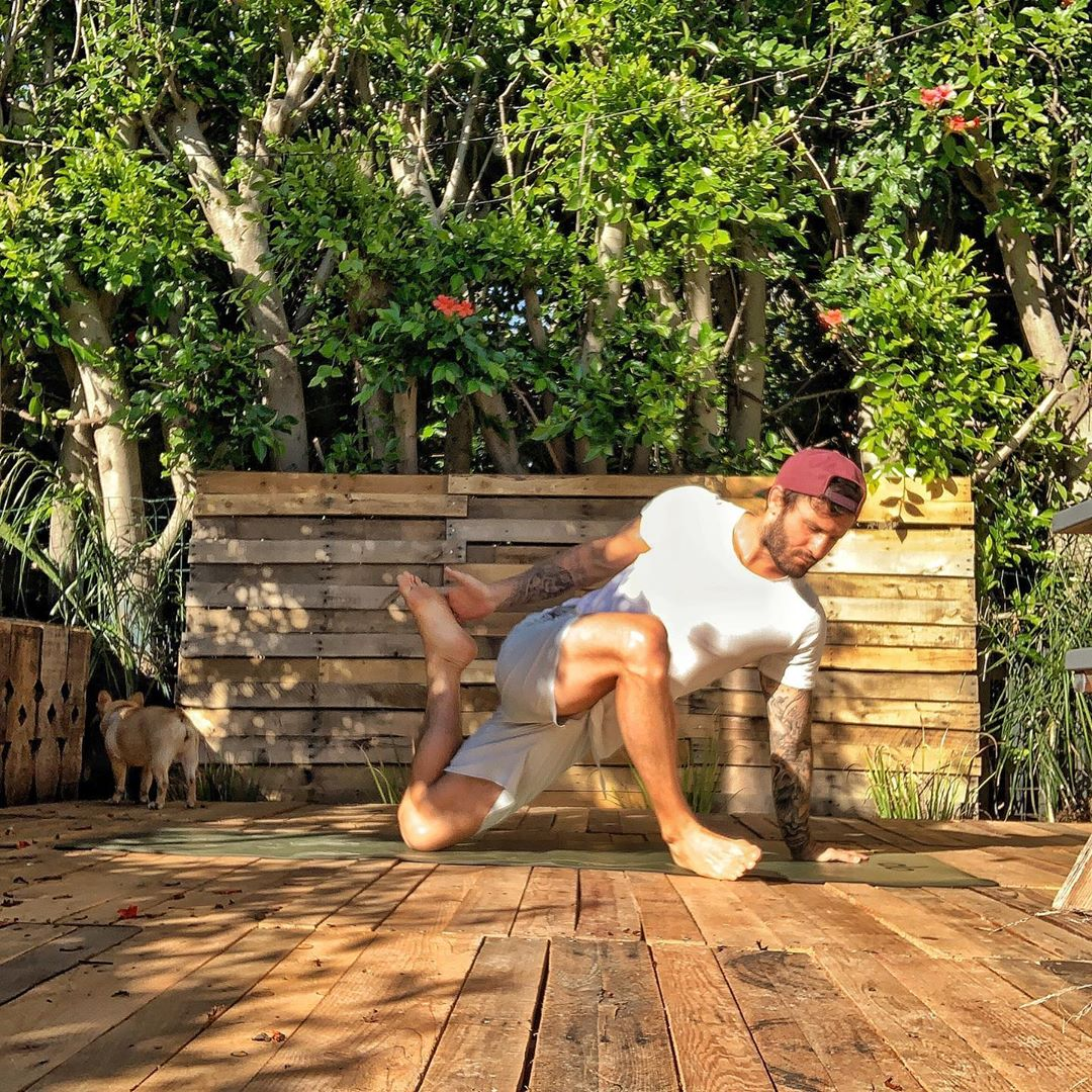 You need both strength and stretch in your workouts, just sayin - Calvin Corzine Yoga
