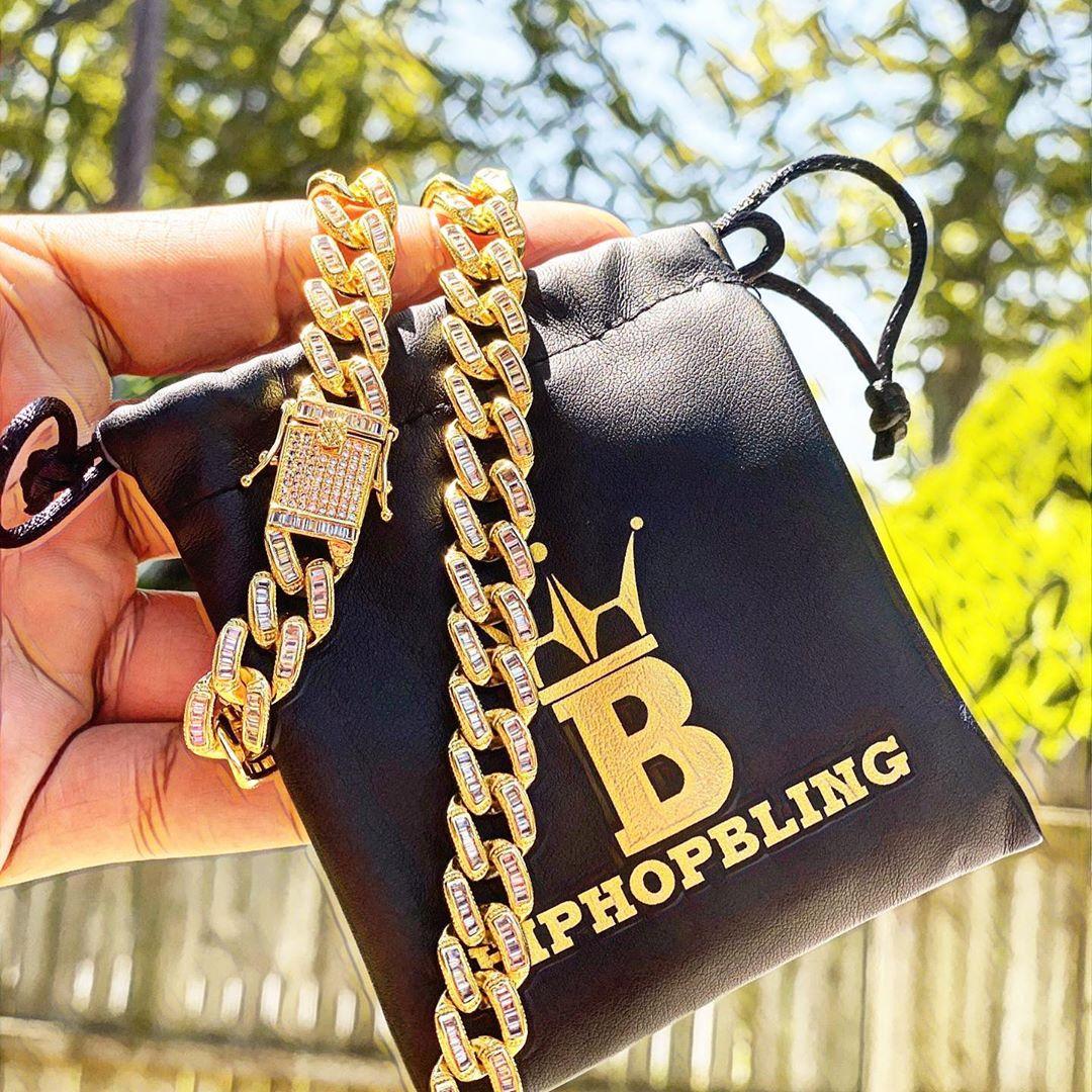 Baller golden cuban link chain, beautiful piece from Hip Hop Bling.