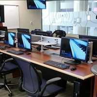 Multi Use Custom Collaboration Workstations SMARTdesks 800-770-7042