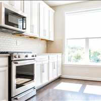 Call Select Floors For Roswell Georgia Kitchen Cabinet Refacing 770-218-3462