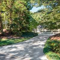 9661 Huntcliff Trace Sandy Springs, Georgia 30350 United States Listed by Barb St Amant 404-271-6733