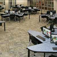 SMART Custom Collaboration Workstations SMARTdesks 800-770-7042