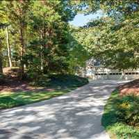 9661 Huntcliff Trace Sandy Springs Georgia 30350 Listed by Barb St. Amant 404-271-6733