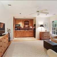 Guest Suite 4575 Peachtree Dunwoody Rd Sandy Springs, GA 30342 404-271-6733