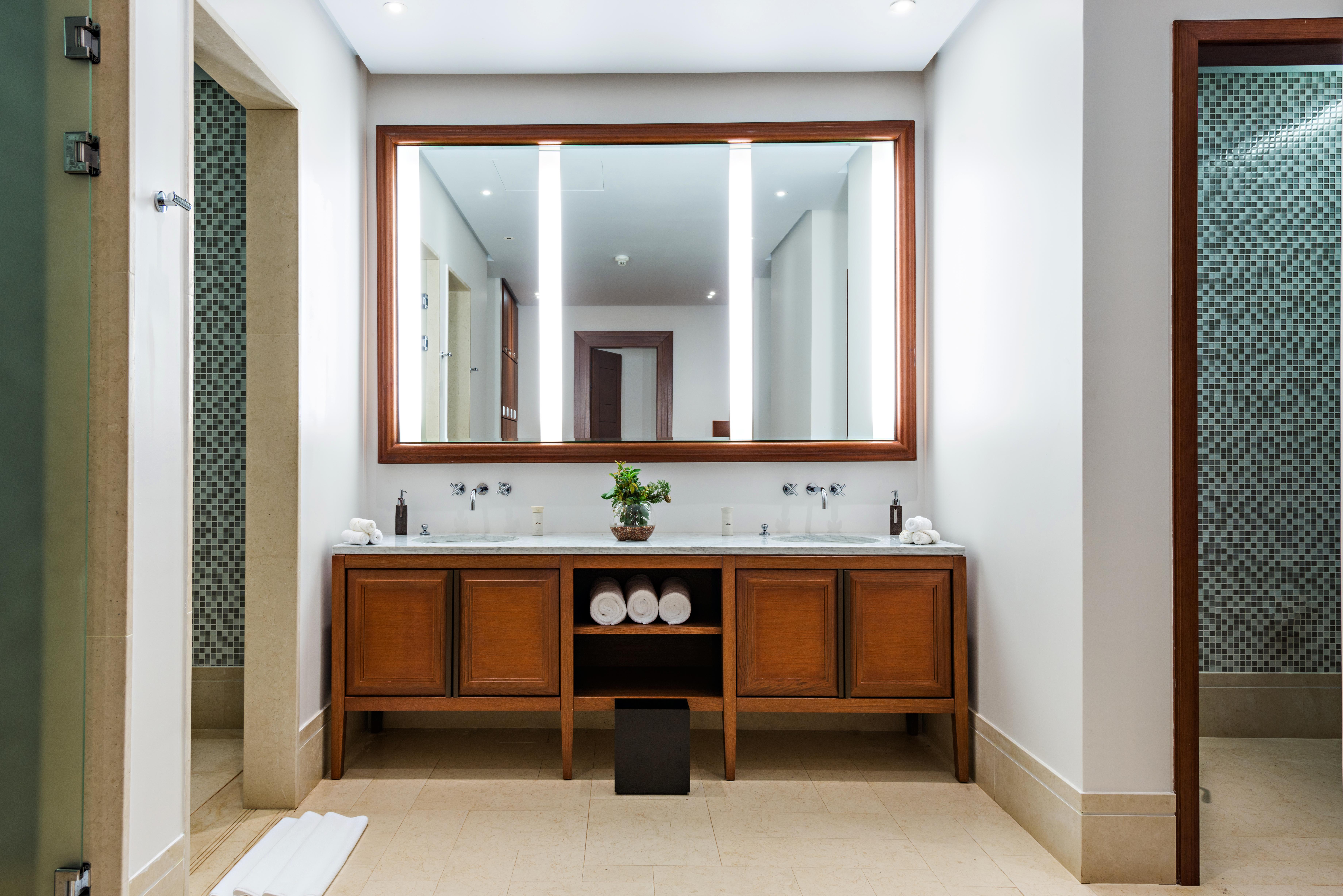 Savannah GA Bathroom Remodelers General Contractor American Craftsman Renovations 912-481-8353
