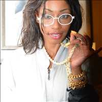 Iced out frames and dope new chains at Hip Hop Bling, save this holiday season