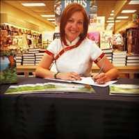 Author and Life Coach Lisa McDonald
