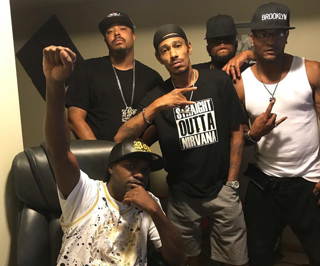 Up here in moneysota making dope new music - Layzie Bone