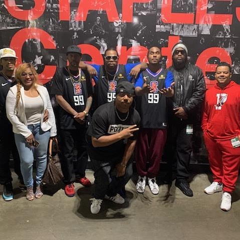 Rockin and reppin' at that Staples Center Clippers vs Warriors game - Layzie Bone