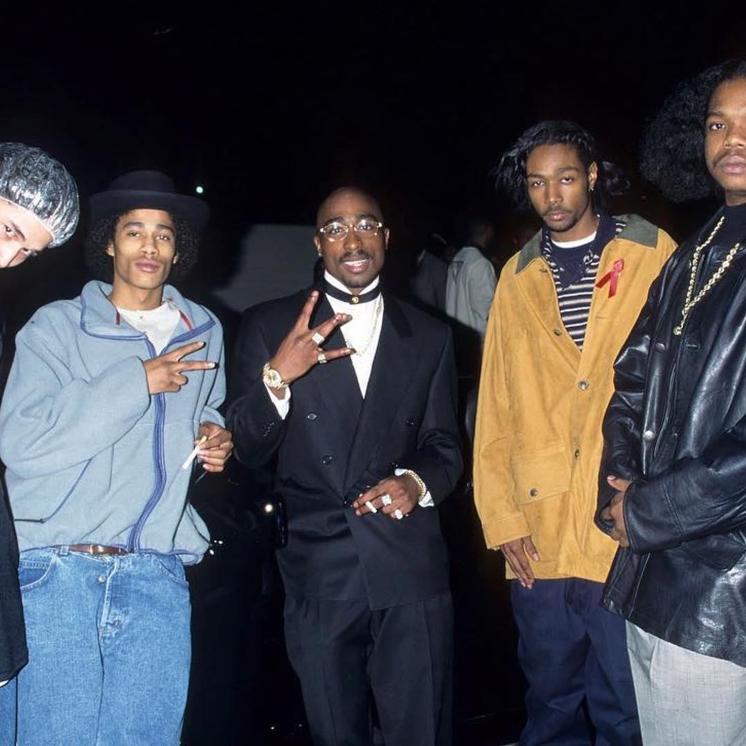 Tupac 2Pac and Layzie Bone, 23 years ago. Legend.