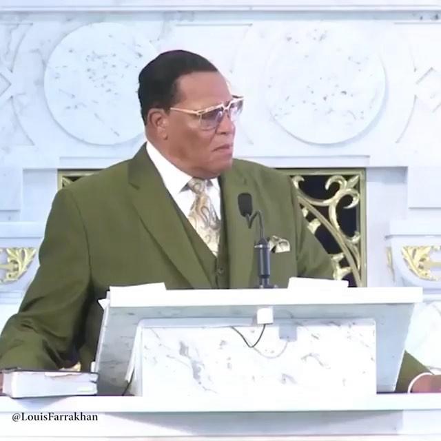 Minister Louis Farrakhan preaching the TRUTH