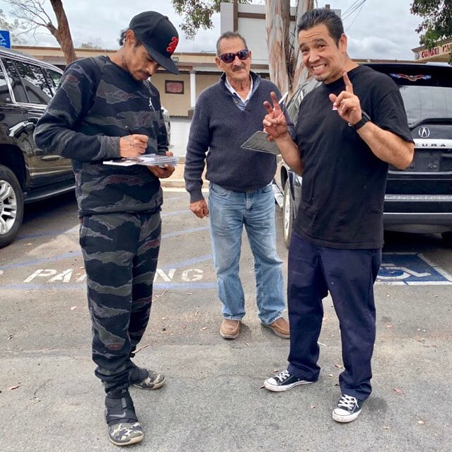 Hanging out with the Don Jose & his Pops - Layzie Bone