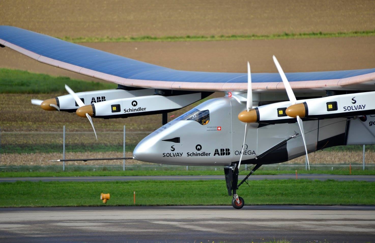 Solar Powered Plane Impulse