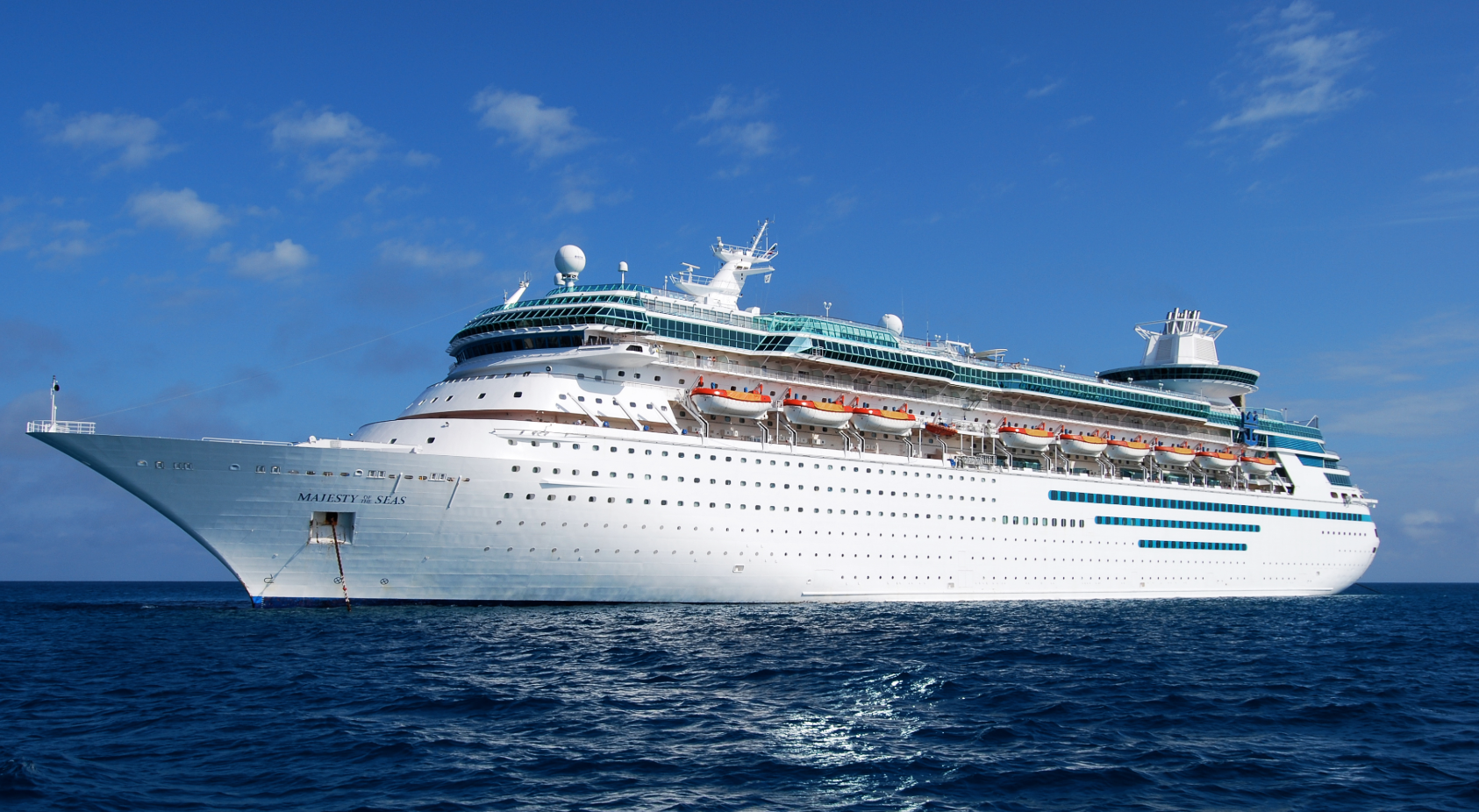 Sick Couple Claims Royal Caribbean Abandoned Them In Mexico Due To Medical Emergency.