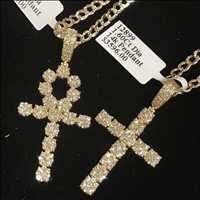 Gold and diamonds drippin' for Snoop Dogg in years past - Hip Hop Bling
