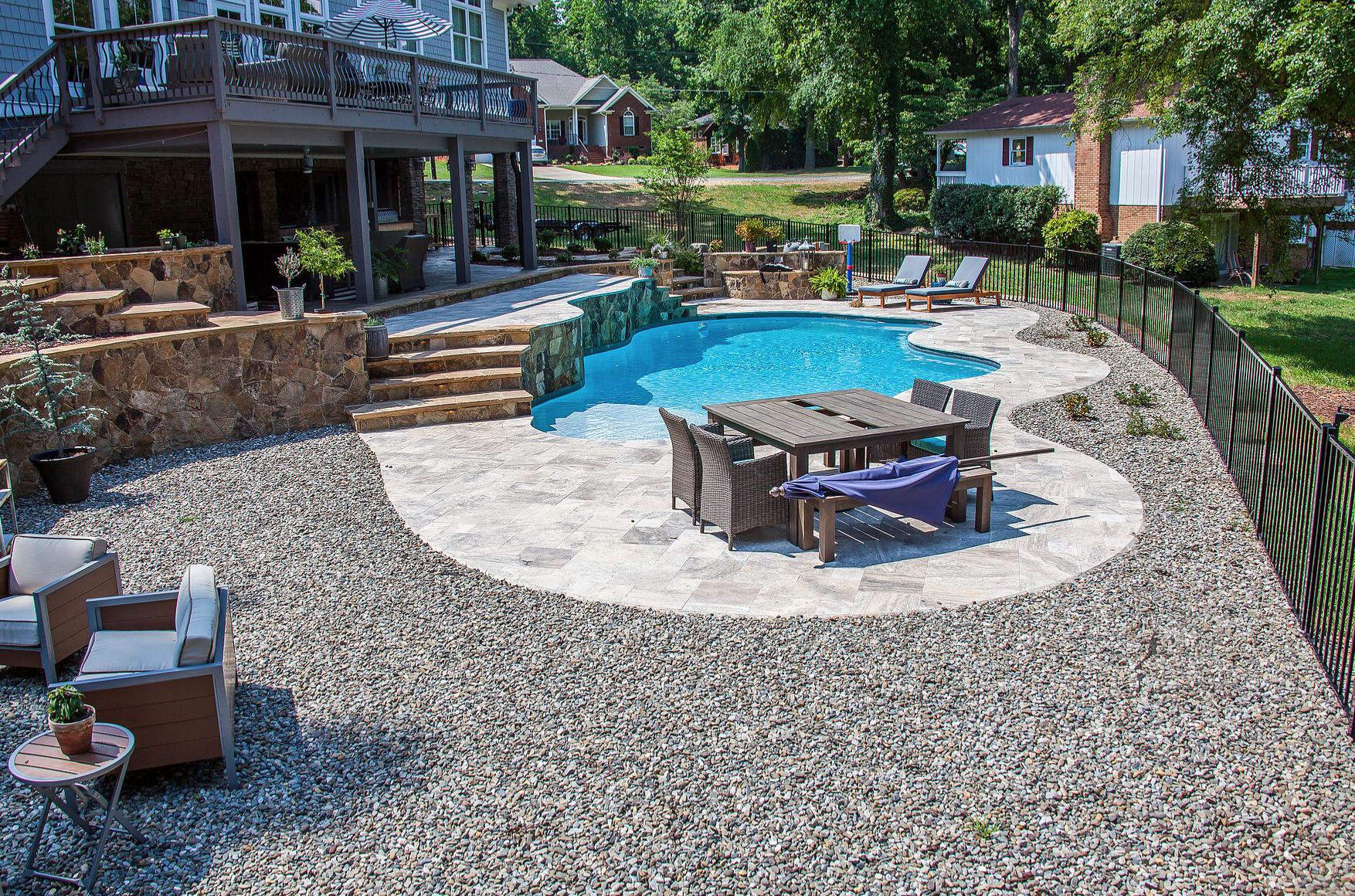 Fiberglass Swimming Pools Vs Concrete Swimming Pools Which