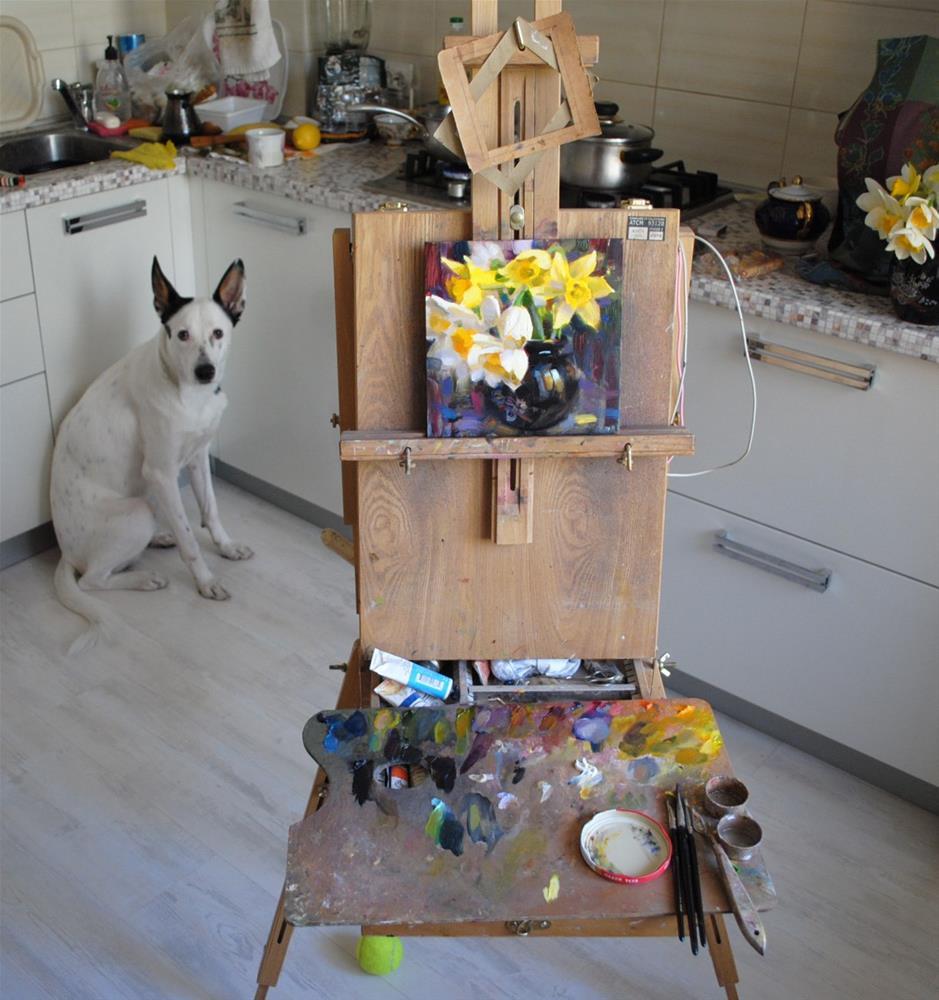 """Daffodils in Vase"" original fine art by Elena Katsyura"