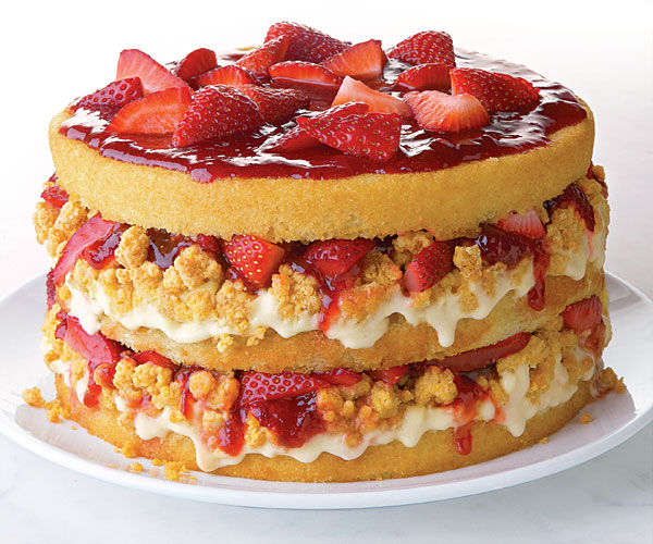 Strawberries and Corn-Cream Layer cake with White Chocolate Cap'n Crunch Crumbs recipe