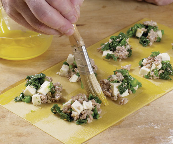 how to make ravioli filling cheese