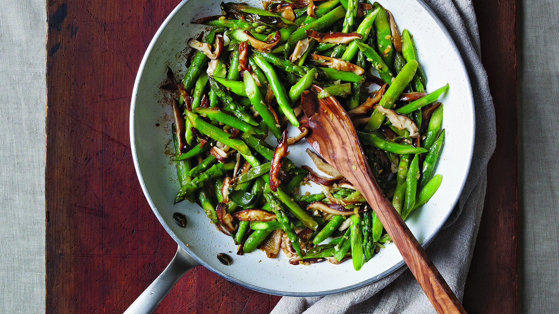 Stir-Fried Asparagus and Shiitake with Ginger and Sesame