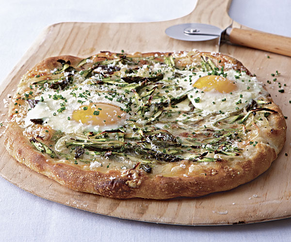 How To Cook Pizza With An Egg On It