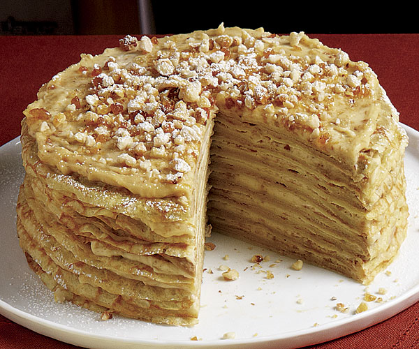 french crêpe cake Crepe wedding cake an alternative french wedding cake idea including examples from lady m and petite reve cafe ideal for diy weddings.