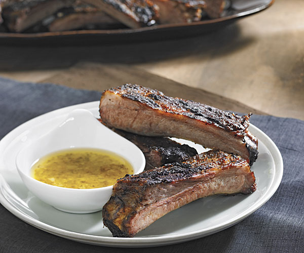 Spanish Spareribs with Herb-Garlic Dipping Sauce