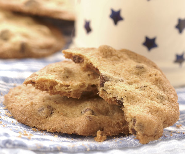 Crisp Chocolate-Chip Cookies
