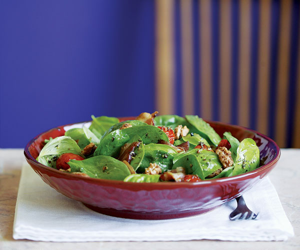 Spinach & Basil Salad with Tomatoes, Candied Walnuts & Warm Bacon Dressing