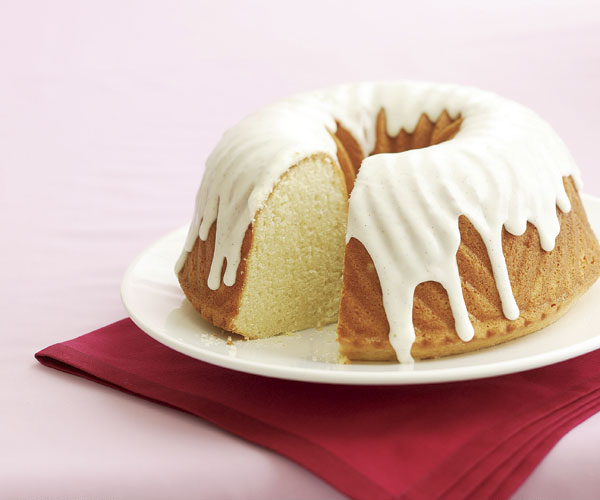 Vanilla Sour Cream Pound Cake With Vanilla Glaze Recipe