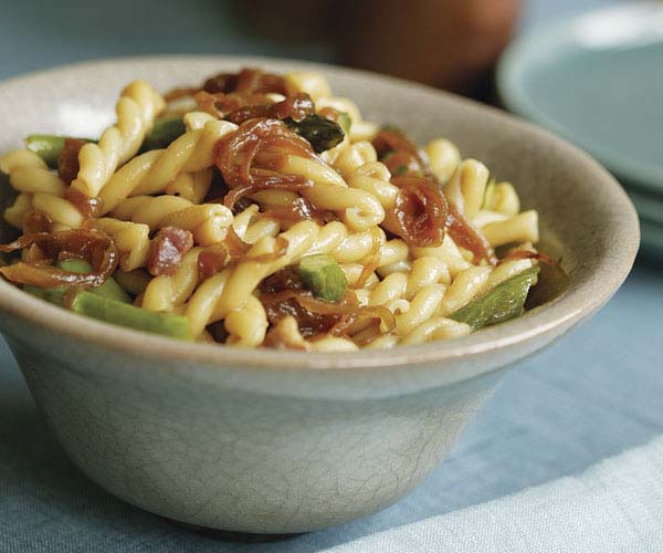 Gemelli with Asparagus & Caramelized Onions