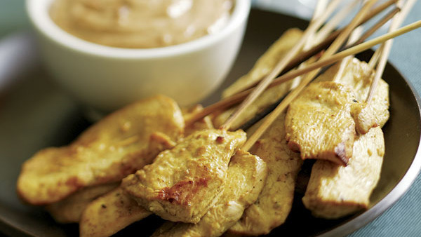 Chicken Breasts with Red Thai Curry Peanut Sauce - Recipe ...