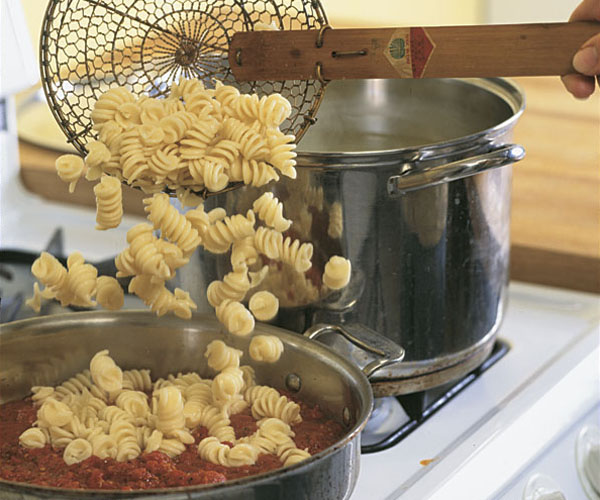 Cooking Pasta Properly - How-To - FineCooking