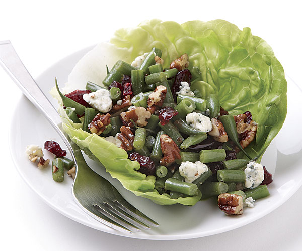 Haricots Verts Salad with Pecans and Blue Cheese