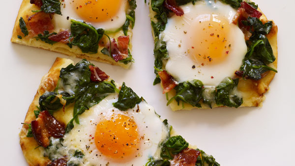 Applewood Bacon Amp Eggs Breakfast Flatbread Recipe