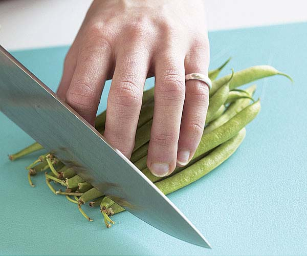 Faster Green Bean Prep How To Finecooking